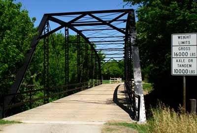 Brushy_creek_old_bridge_CR_456_o