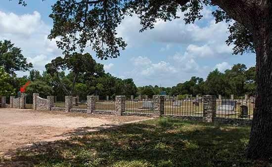 Cedar_Park_Cemetery_Historical_M