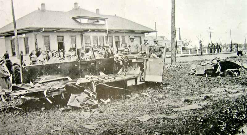 bus crash pic-2