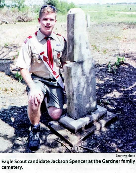Eagle_Scout_candidate_Jackson_Sp